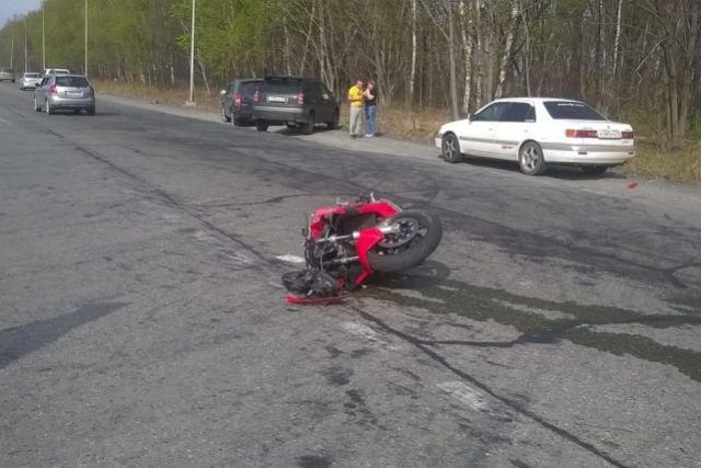 Водитель ипассажир мотоцикла погибли в ДТП в Приморском крае