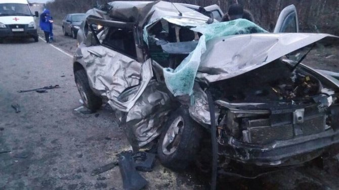 Два человека погибли в ДТП под Североморском