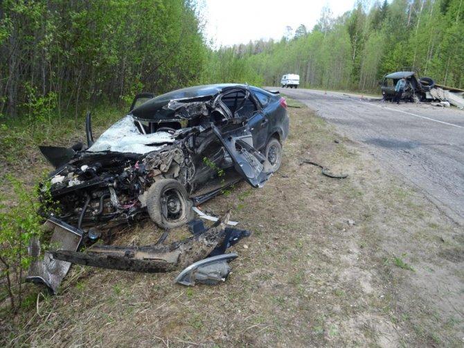 В ДТП в Коношском районе Архангельской области погибли два человека (1)