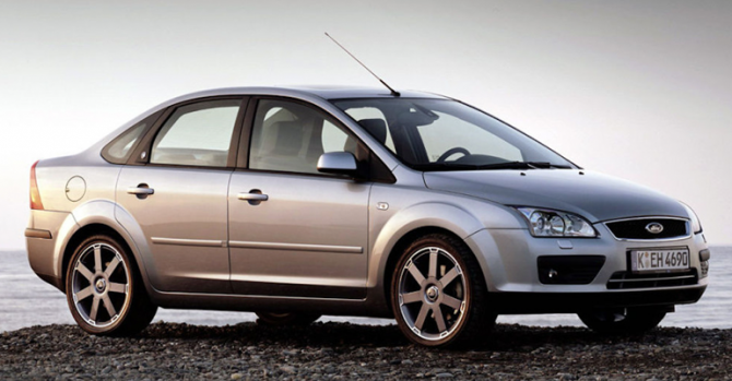 9 Ford Focus II
