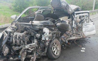 Три человека погибли в ДТП с фурой под Курском