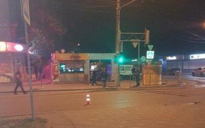 В Волгограде 19-летний водитель ВАЗа сбил ровесника и скрылся