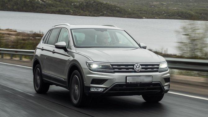 4 Volkswagen Tiguan