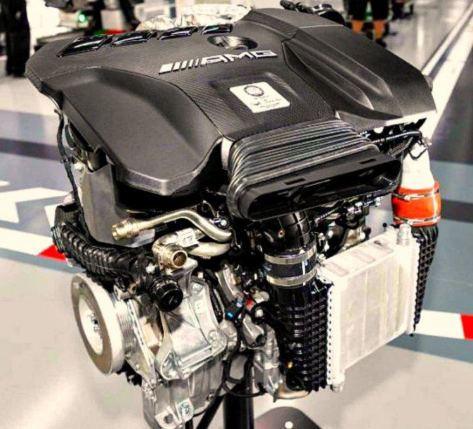 и мерс мотор 1
