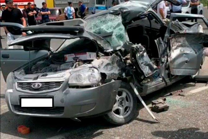 Двое взрослых и ребенок погибли в ДТП в Дагестане