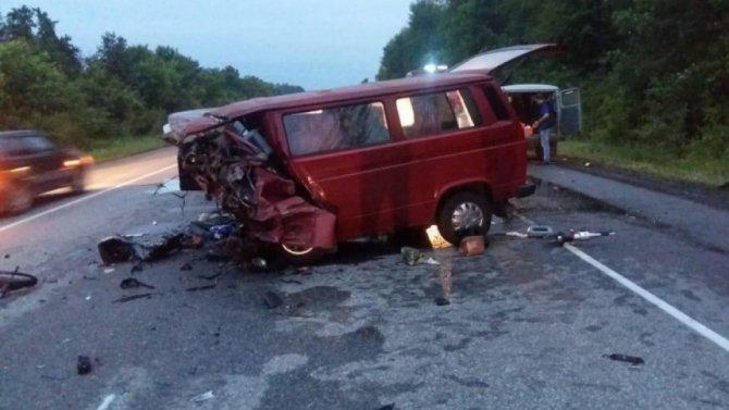 Восемь человек погибли в ДТП в Воронежской области