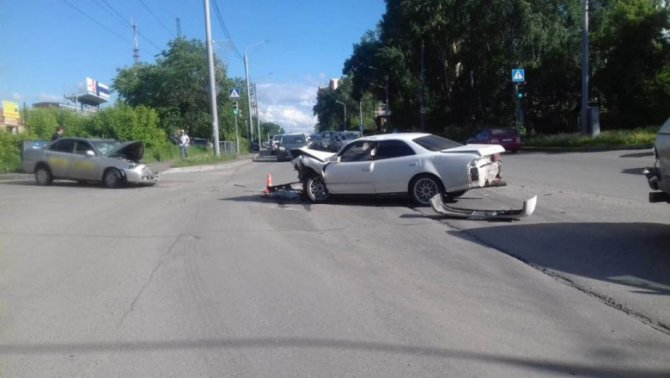 Два человека пострадали в ДТП в Томске (3)