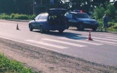 В Ленобласти водитель иномарки сбил женщину с ребенком
