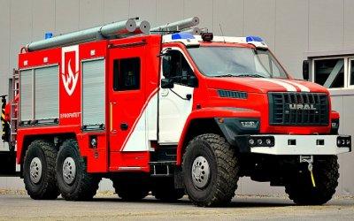 «Урал» показал новые грузовики для МЧС