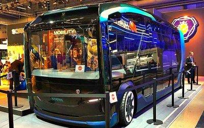 Scania показала беспилотный автобус-уборщик