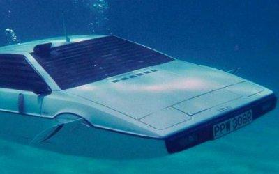 Tesla воссоздаст автомобиль-субмарину Джеймса Бонда