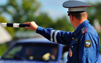 Автоинспекторам неразрешат изымать «права» без суда