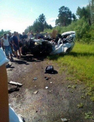 Женщина погибла в ДТП с автобусом в Красноярском крае (2)