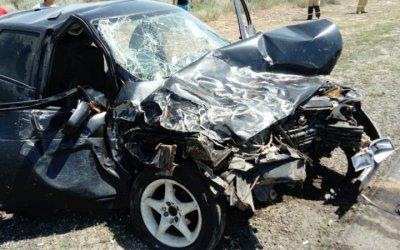 Женщина погибла в ДТП на глазах у сына в Астраханской области