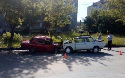В ДТП в Миассе с двумя ВАЗами погиб пенсионер