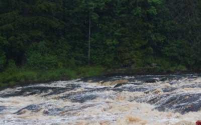В Туве в утонувшей машине погибли 10 человек, включая 6 детей