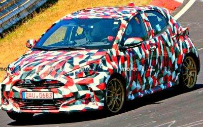 На «Нюрбургринге» замечена новая Toyota Yaris