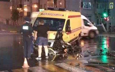 Три человека пострадали в ДТП со «скорой» в Брянске