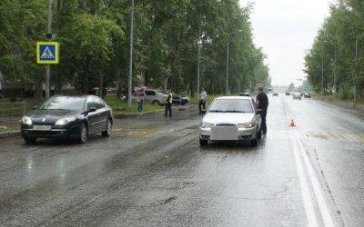 В Нижнем Тагиле водитель сбил трех детей на переходе