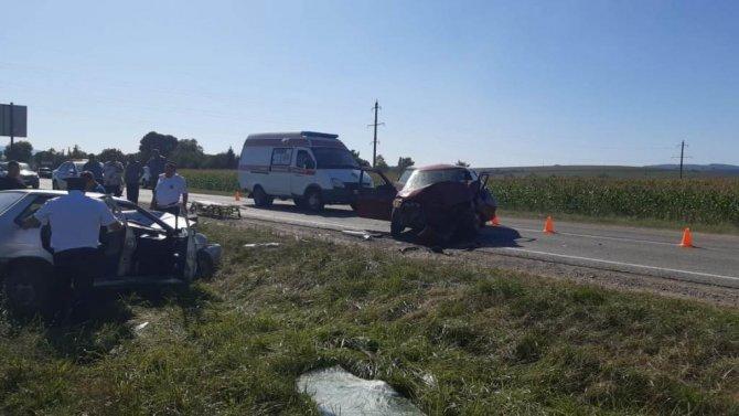 Пять человек пострадали в ДТП в Мостовском районе