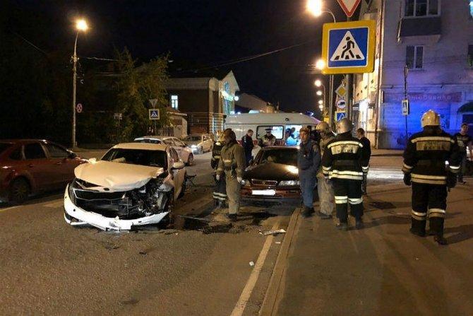Парень и девушка пострадали в ДТП в Рыбинске (2)