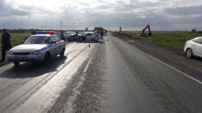 Две женщины и ребенок погибли в ДТП в Курганской области (2)