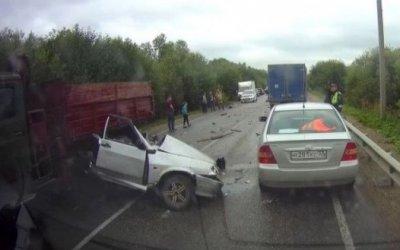В ДТП в Костромской области погиб 20-летний водитель