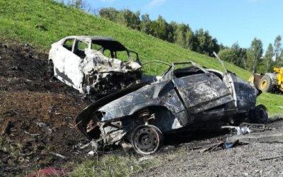 Под Тулой в ДТП сгорели три машины – погибли два человека