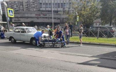 На Гражданском проспекте «Волга» сбила женщину с ребенком