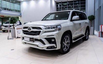 Toyota Land Cruiser 200. Роскошь безграничных возможностей