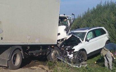 Три человека пострадали в лобовом ДТП в Челябинской области
