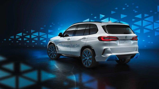 BMW i Hydrogen Next  2