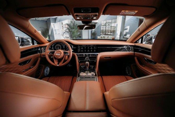 New Bentley Flying Spur_Interior1 (1).JPG
