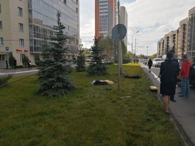 В Казани водитель насмерть сбил пешехода и сам погиб (2)