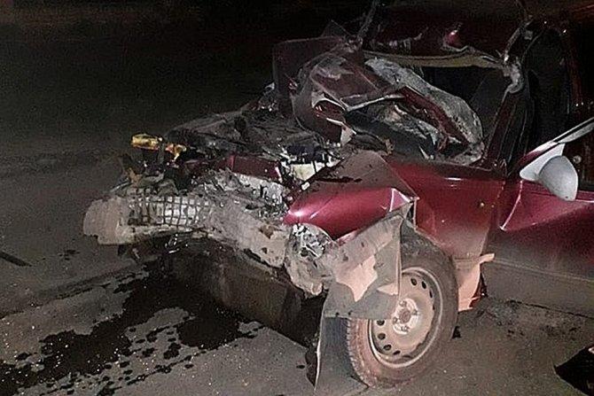 В Башкирии «Лада» залетела под КамАЗ – водитель погиб