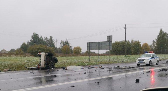Два человека погибли в ДТП под Ярославлем (2)