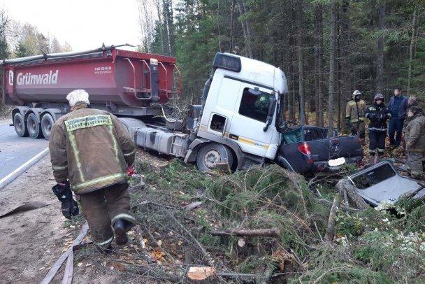 Три человека погибли в ДТП во Всеволожском районе Ленобласти