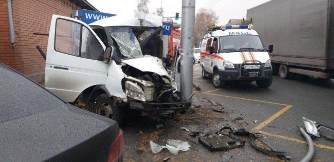 Водитель «Газели» погиб в ДТП в Новосибирске (2)