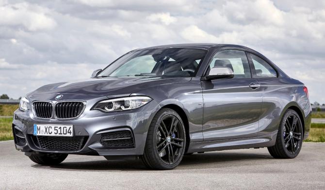 3 BMW 2-й серии xDrive