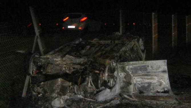 В Краснодарском крае ночью автомобиль перевернулся и сгорел - погибла вся семья