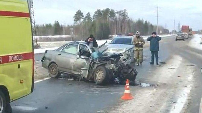 Два человека погибли в ДТП под Сургутом