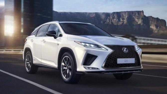 ВРоссии начались продажи нового LexusRX