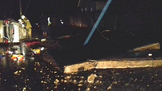 В Башкирии Daewoo врезалась в столб – погиб человек