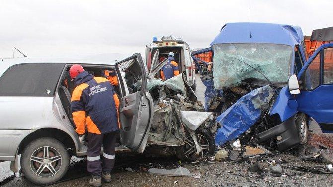 8 человек погибло в ДТП на Алтае: фольклорная группа ехала на фестиваль
