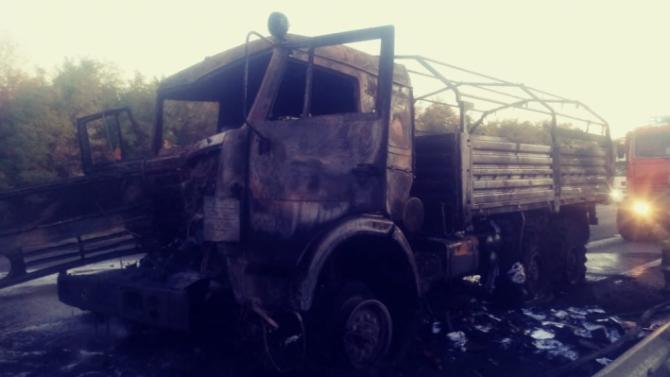 Женщина сгорела в КамАЗе после ДТП в Ростовской области