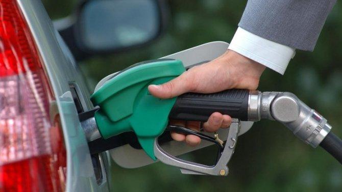 ВРоссии снизился спрос набензин