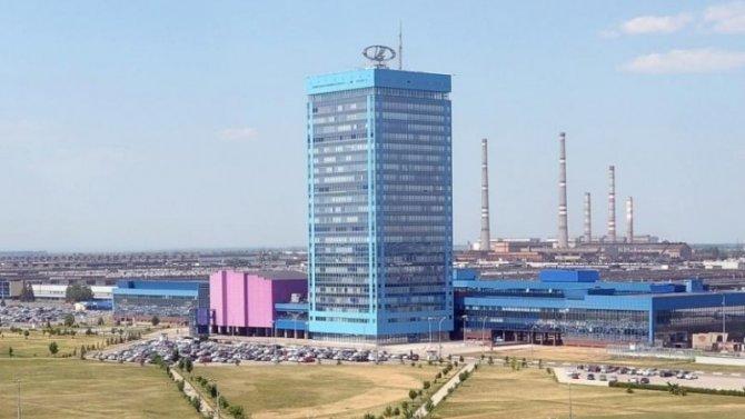«АвтоВАЗ» надва дня остановит производство