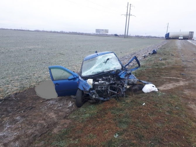 Водитель «Лады» погиб в ДТП с грузовиком на Ставрополье (1)