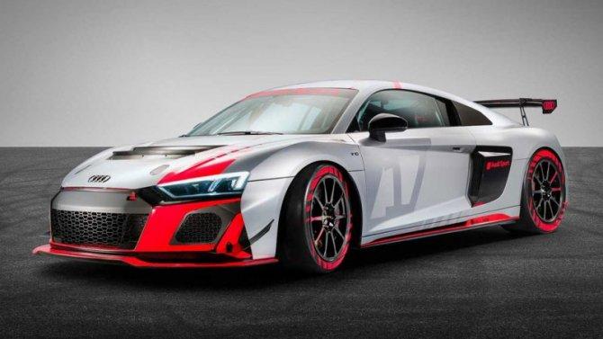 Обновлена гоночная модификация Audi R8