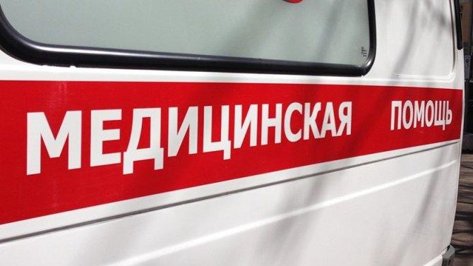 В Каменске-Уральском автомобиль сбил женщину с коляской